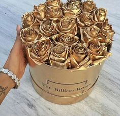 Tag 2 friends who would love this #roses #roses #gold #goldenroses #love #lovequotes #girl #tumblrgirl #birthdaygirl #cute #cutegirls #cuteboy #couplegoals #relationshipgoals #goals❤️ #goals #lifequotes #lifegoals #littlemix #lit #hot #hot #savage #diamonds #diamondsareagirlsbestfriend #bracelet #diamondbracelet #tattoo