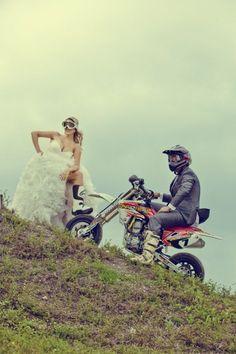 Motocykl jako motyw przewodni Waszej uroczystości - Ślub Na Głowie