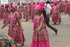 African Fashion Traditional, African Men Fashion, Africa Fashion, African Fashion Dresses, African Women, Fashion Outfits, Womens Fashion, African Attire, African Dress