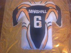 benji marshall wests tigers jersey cake i did Wests Tigers, Tiger Cake, Happy 50th, Bmx, Cake Ideas, My Friend, Cakes, Birthday, Cake