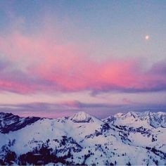 There's a certain type of beauty that only exists in the mountains@freepeopleaspen @heatherrnnicole