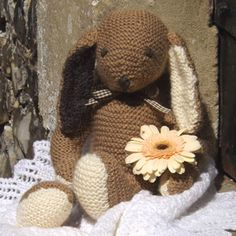 Rascal the Rabbit Pattern * FREE DOWNLOAD * - The Knitters Attic