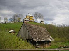 Village in the Carpathian Mountains, Ukraine Cool Places To Visit, Places To Travel, Places To Go, Beautiful World, Beautiful Places, Fiddler On The Roof, Carpathian Mountains, East Of Eden, Global Village