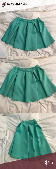 Brenda's skater skirt pleated in mint green Brenda's pleated skater skirt in a gorgeous mint green size M new without tags never worn before Brenda's Skirts Circle & Skater