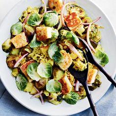 Potato Dishes, Potato Recipes, Vegetable Recipes, Halloumi, Little Potatoes, Healthy Options, Sheet Pan, Parmesan, Cobb Salad