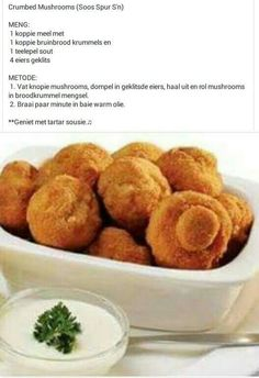 Crumbed Mushrooms, served with tartare or garlic sauce at Spur Steak Ranches… Braai Recipes, Veggie Recipes, Appetizer Recipes, Cooking Recipes, Appetizers, Mushroom Recipes, Kos, South African Recipes, Savory Snacks