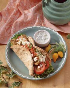 ¿Cómo hacer un gyro griego con pollo? | eHow en Español