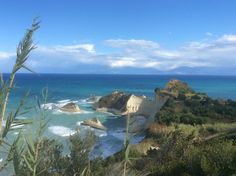 Geocachen langs de kust richting Gouvia. Prachtig hier!