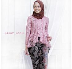 Kebaya Hijab, Kebaya Brokat, Kebaya Dress, Kebaya Muslim, Kebaya Modern Dress, Model Kebaya, Diy Hairstyles, Hijab Fashion, Bell Sleeve Top