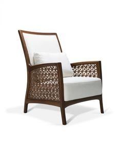 A Saccaro produz móveis de design há 65 anos. Está presente em mais de 25…