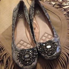 Vince Camuto Jeweled Flats Absolutely gorgeous gorgeous jeweled ballet flats. The fabric glistens and is beautiful. The shoes are too big for me but thought I could pull them off but they're just too big. Wore One Time! Vince Camuto Shoes Flats & Loafers