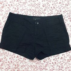 Black Linen Shorts Black shorts in size XS. Linen/cotton blend--perfect to stay cool in warm weather. Forever 21 Shorts