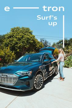 Three surfing legends and a photographer travel by Audi e-tron to the set: Kelly Slater's Surf Ranch in California, over a hundred miles from the Pacific. Lemoore California, E Mobility, Surf Trip, Electric Power, Surfs Up, Behind The Scenes, Ranch, Audi, Legends