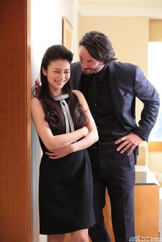 Ko Shibasaki and Keanu Reeves (Mika & Kai in 47 Ronin) Keanu Reeves John Wick, Keanu Reeves 47 Ronin, Keanu Charles Reeves, Cannes, Keanu Reeves Quotes, Keanu Reaves, My Sun And Stars, Hollywood, Hugh Jackman