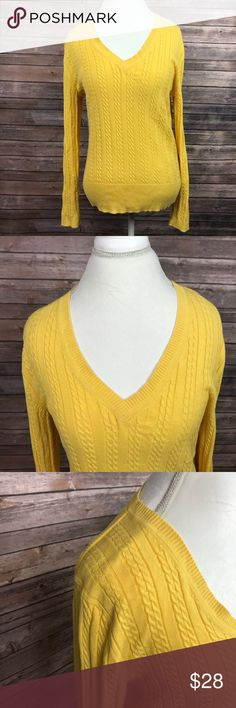 Yellow Tommy Hilfiger V Neck Sweater XL -Tommy Hilfiger  -Size XL -Yellow -V Neck -Cable Knit -Warm for Winter -037 Tommy Hilfiger Sweaters V-Necks