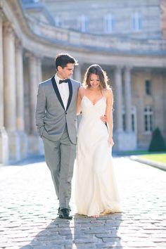 Un jour unique = une tenue unique! Chris von Martial vous propose des costumes à vos mesures ainsi que les accessoires noeud papillon,bouton manchette ... N'hésitez pas à venir découvrir la nouvelle collection ;) C'est par ici : http://www.chrisvonmartial.com/2015_costumes_de_mariage.menuid48.html #costume#noeud#surmesure#mariage#costumemariage#noeudpapillon #boutondemanchette #ChrisvonMartial #costumesurmesure #nouvellecollection #homme