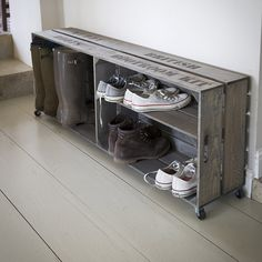 Country Living / Garden Trading / Colworth Welly Crate