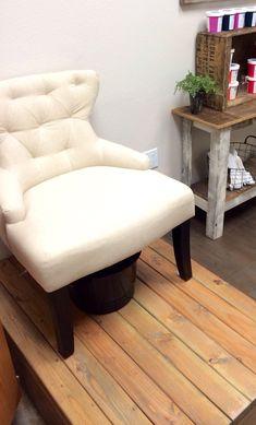 Pedi platform to raise chair