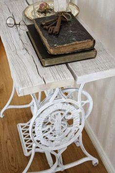 Reutilizando mesas de maquinas de coser antiguas                                                                                                                                                                                 Más