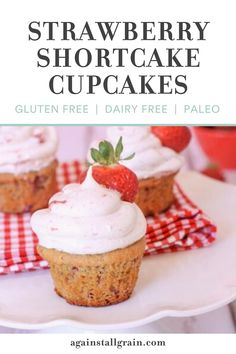 This cupcake is perfectly moist with just the right amount of sweetness. There's fresh strawberries in both the batter and the frosting, so you taste the berries with every bite! This gluten-free recipe is perfect for birthdays and celebrations. #glutenfree #strawberrycupcakes Paleo Sweets, Paleo Dessert, Healthy Dessert Recipes, Scd Recipes, Dairy Free Recipes, Gluten Free, Fresh Strawberry Cupcakes Recipe, Paleo Life, Homemade Desserts
