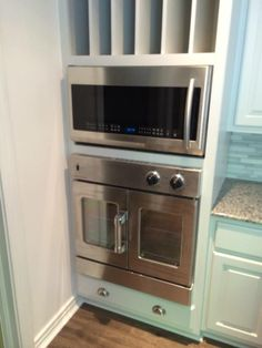 French Oven and Kitchen installed by Sanford Woodworks!