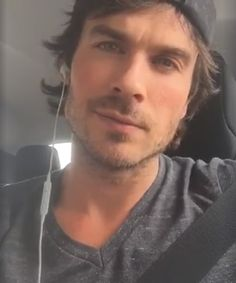 Ian Somerhalder - 07/05/16 - https://www.facebook.com/iansomerhalderofficial/videos/1237232946289332/