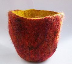 making a wet felted vessel using a 3D resist