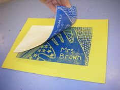 5th Grade Art-- printmaking idea: Transfer image/design to styrofoam plate, roll the image with paint, and then print it on to colored construction paper. Cool