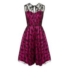 Retro šaty Voodoo Vixen Penny Pink Dokonalé šaty šaty od Londýnské módní  značky Voodoo Vixen. 61de7e125c