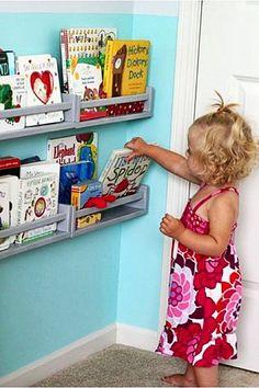 quarto montessoriano livros crianca11