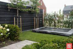 Garden Deco, Love Garden, Water Garden, Dream Garden, Home And Garden, Terraced Backyard, Backyard Patio, Small Gardens, Outdoor Gardens