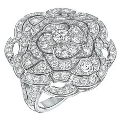 """Secrète"" #Ring from #TalismansDeChanel - #Chanel - #FineJewellery collection in 18K white gold set with 127 #BrilliantCut - #Diamonds for (total weight of 2.2 carats) july 2015 ---"