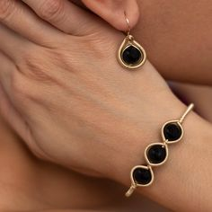 These beautiful Black onyx earring and cuff bracelet set is delicately hand wire wrapped using a non tarnish gold or silver color wire. Tiny Stud Earrings, Cuff Earrings, Simple Earrings, Silver Earrings, Diamond Earrings, Lariat Necklace, Wire Wrapped Jewelry, Beaded Jewelry, Handmade Jewelry