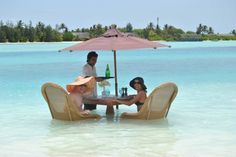 Where do you want to have lunch?(photo by Naladhu Maldives) Lunch Photos, Maldives Holidays, Honeymoon Inspiration, Beach Cocktails, Best Honeymoon, Snow Skiing, Island Beach, Mauritius, Holiday Travel