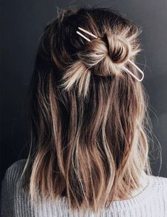 Exceptional Half Up Medium Hairstyles for Women to Consider This Year