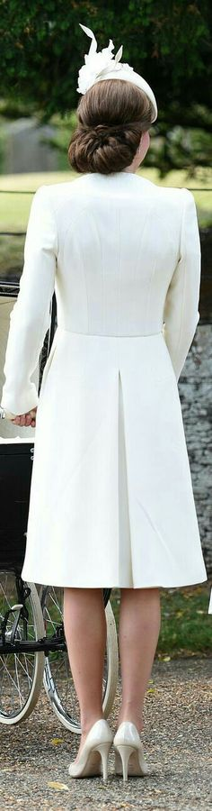Beautiful Her Royal Highness Duchess of Cambridge Catherine ( Kate Middleton )❤#Kate in white #Middleton #hairstyle updo