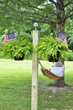 DIY Hammock Stands DIY Projects Craft Ideas & How To's for Home Decor with Videos – Modern Design - Modern Hammock Posts, Backyard Hammock, Diy Hammock, Hammock Swing, Backyard Patio, Backyard Landscaping, Hammock Ideas, Hammocks, Free Standing Hammock