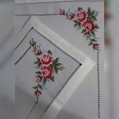 This Pin was discovered by ilk Cross Stitching, Cross Stitch Embroidery, Hand Embroidery, Cross Stitch Patterns, Beading Patterns, Embroidery Patterns, Knitting Patterns, Cross Stitch Rose, Cross Stitch Flowers