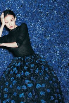 Photo: Ward Ivan Rafik for Vogue China. Dior Haute Couture Fall 2012