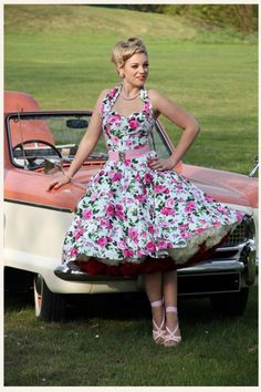 halter Rosa white swing dress Vivien of Holloway – Neckholder Rosa weißes Swingkleid Rockabilly Fashion, Retro Fashion, Vintage Fashion, Rockabilly Girls, Rockabilly Style, Estilo Pin Up, Estilo Retro, Robe Swing, Swing Dress