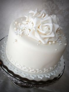 """Wedding anniversary cake 