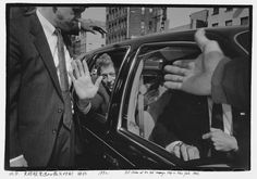 Bill Clinton at his last campaign stop in New York. 1992 Foto: Ai Weiwei; Courtesy of Three Shadows Photography Art Center