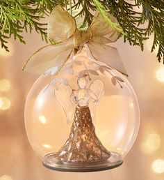 Make your Christmas celebration special with Unique Christmas Gifts. Send Christmas keepsake gifts to make the recipient feel special for the holidays! Christmas Flowers, White Christmas, Christmas Wreaths, Christmas Bulbs, Christmas Decorations, Holiday Decor, Fresh Flowers Online, Personalized Christmas Gifts, Angel Ornaments