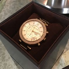 Like New Gold Michael Kors watch Like New Gold Michael Kors watch with diamonds around the facing.. Comes with Box Michael Kors Accessories Watches