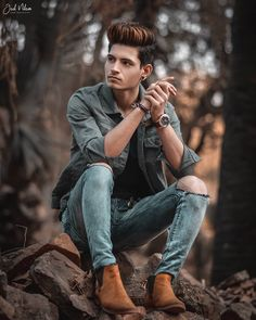 Free Lightroom Presets Wedding, Lightroom Presets For Portraits, Mode Masculine, Photo Pose For Man, Best Poses For Men, Photoshoot Pose Boy, Latest Camera, Boy Photography Poses, How To Pose