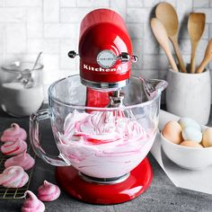 KitchenAid Queen of Hearts Artisan Stand Mixer - This anniversary, limited edition mixer features sleek chrome accents and miniature red hearts. Kitchen Aid Recipes, Kitchen Aid Mixer, Cooking Recipes, Kitchen Tips, Skillet Recipes, Cooking Gadgets, Cooking Tools, Kitchen Gadgets, Kitchen Appliances