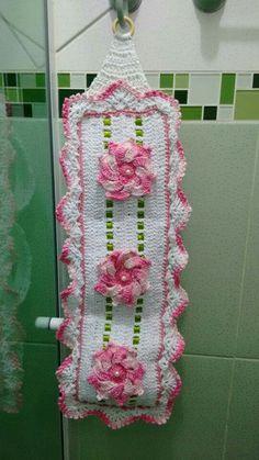 Crochet Mandala, Crochet Flower Patterns, Baby Knitting Patterns, Crochet Doilies, Crochet Flowers, Felt Crafts, Diy And Crafts, Toliet Paper Holder, Crochet Baby