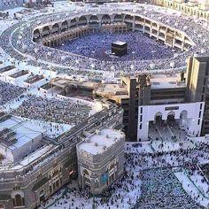 New extention of masjidil Haram Beautiful Mosques, Beautiful Islamic Quotes, Beautiful Places, Mecca Madinah, Mecca Kaaba, Mecca Mosque, Masjid Al Nabawi, Masjid Al Haram, Islamic Images