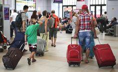 В России вновь растет число тех, кто решил навсегда покинуть свою Родину.