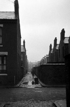 Back Entry, West Gorton, Manchester 1962.